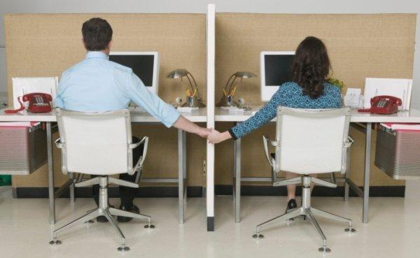 что делать если ты влюблен в коллегу