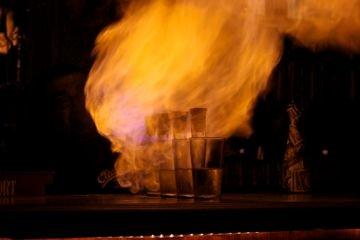горящие коктейли