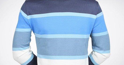 Невысоким мужчинам нельзя носить свитер с широкими горизонтальными полосками
