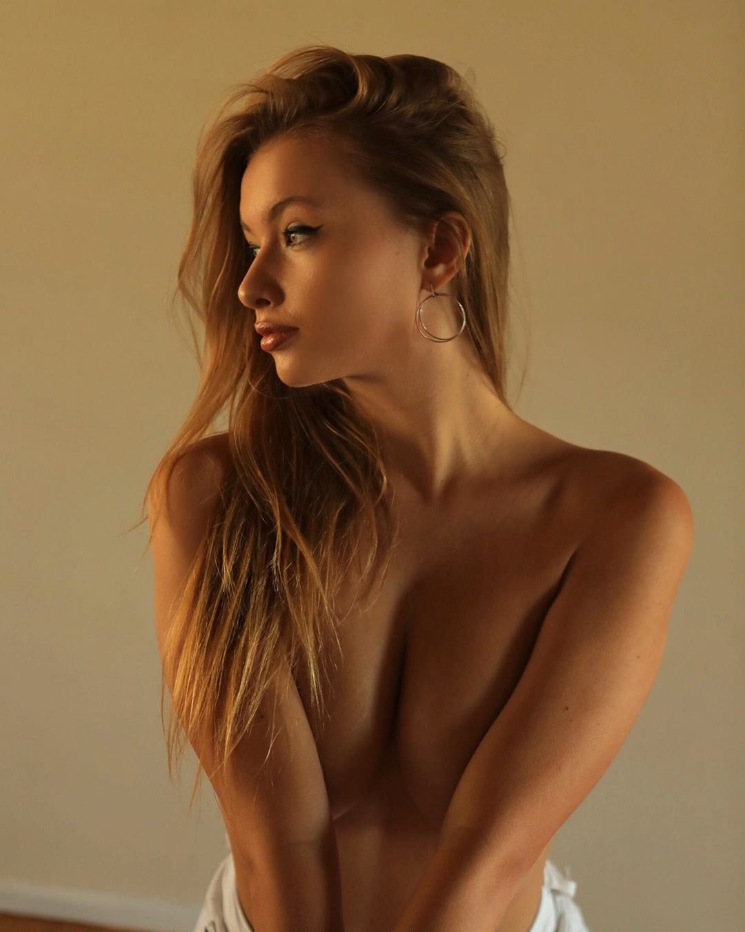 Натали Хадек фото ню, без купальника