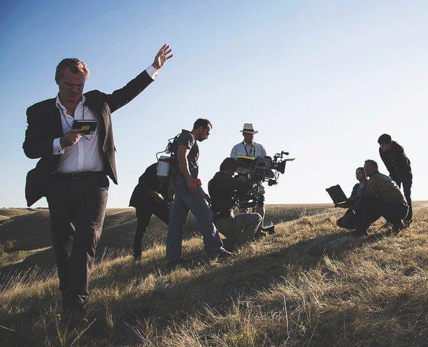 Почему фильмы Кристофера Нолана так популярны и правда ли, что он гений